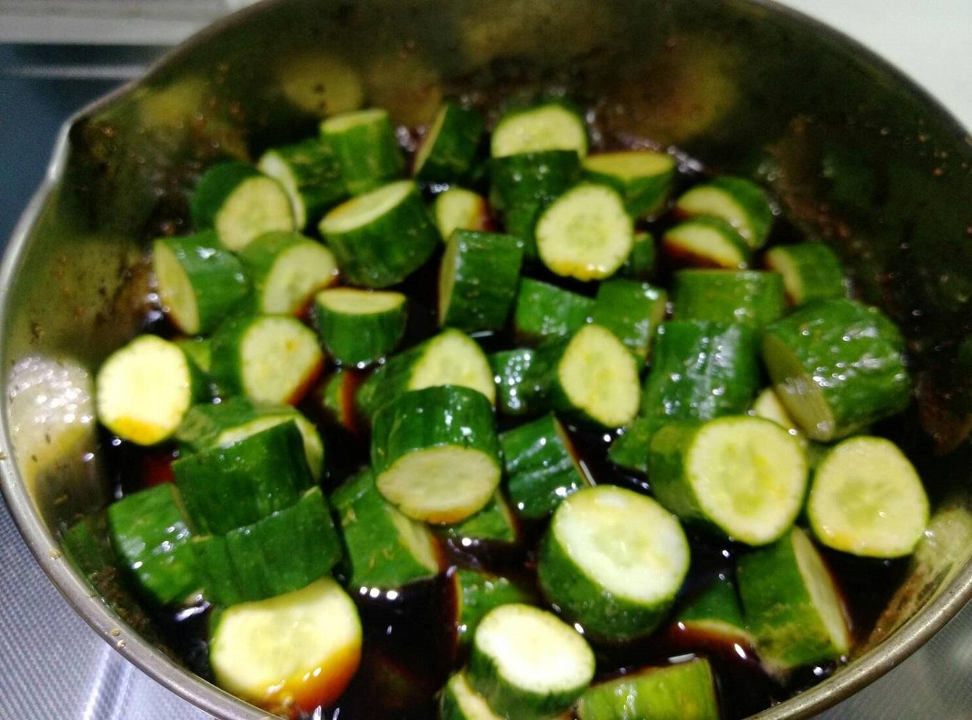 豆油伯健康煮番外篇-醃漬小黃瓜
