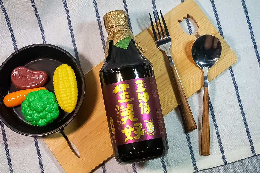 【轉載】豆油伯。金美好無添加糖釀造醬油。屏東竹田。醬油推薦。家中料理必需品,滷、炒、醃、紅燒一罐搞定