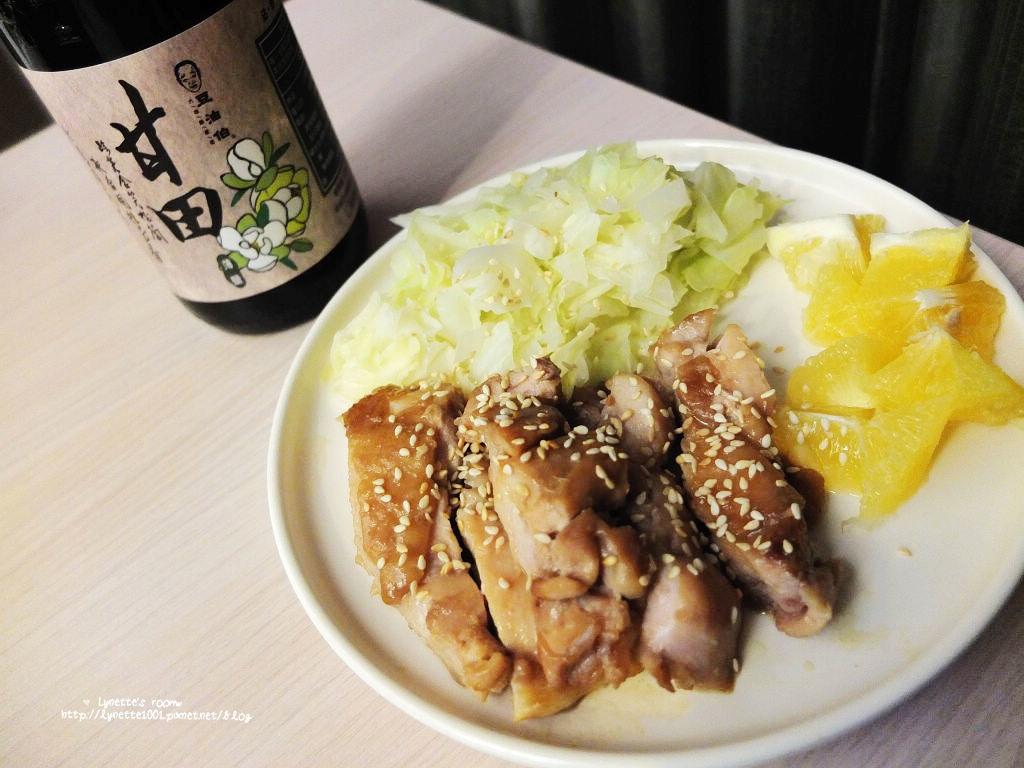 【甘田醬油】輕料理:豆油伯甘田醬油。薄鹽醬油更健康,台灣原豆好品質。好醬油就能煮出照燒雞腿排!